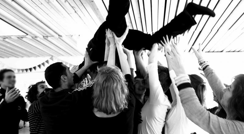 Cirque, arts de la rue et transformation sociale
